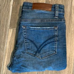 WILLIAM RAST ANKLE SKINNY DISTRESSED SIZE 26